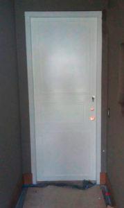 Puerta de seguridad para armario