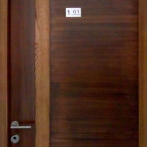 Muestra puerta de seguridad
