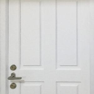 Muestra puerta entablerada